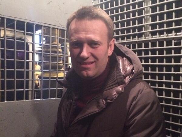 Надоельный навалил.. ой, Навальный надоел