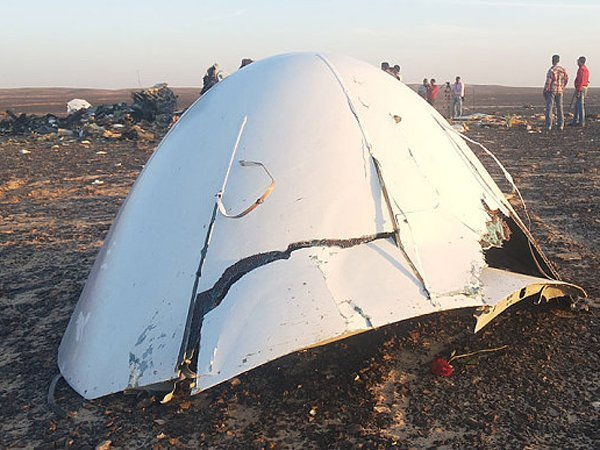 http://polit.ru/media/photolib/2015/11/02/thumbs/Egypt_plane_crash__3489594b_1446472358.jpg.600x450_q85.jpg