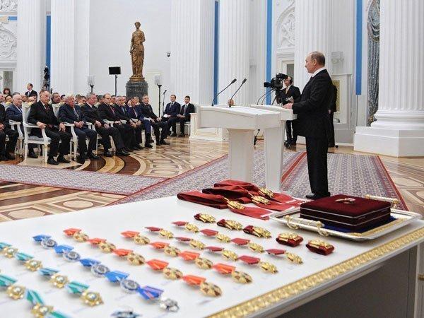 Заказчики отчета о«компромате» наТрампа хуже проституток— Путин
